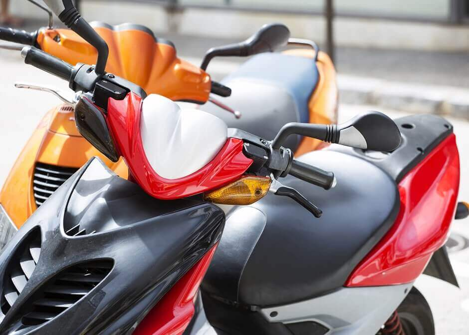 scooter_67817638