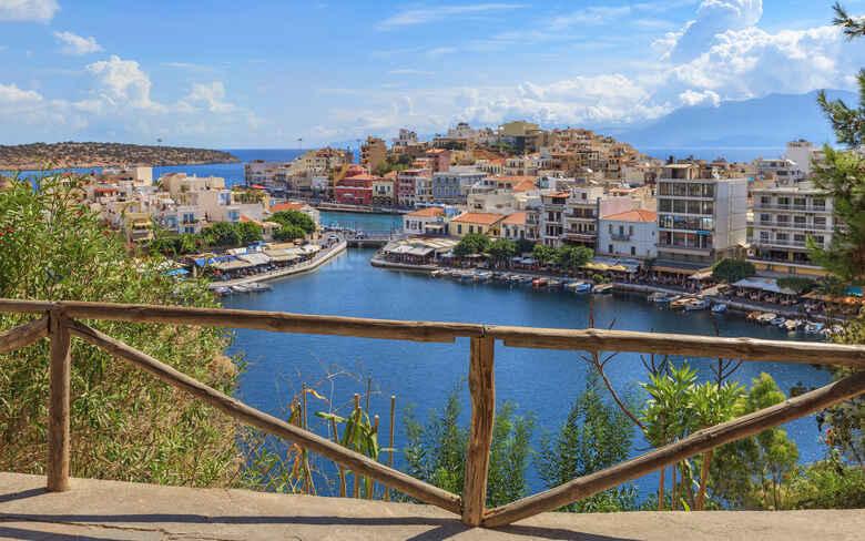 Hafen von Agios Nikolaos auf Kreta, Griechenland