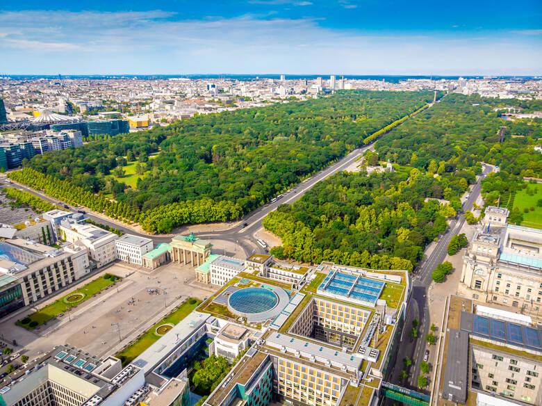 Unter den Linden, Berlin