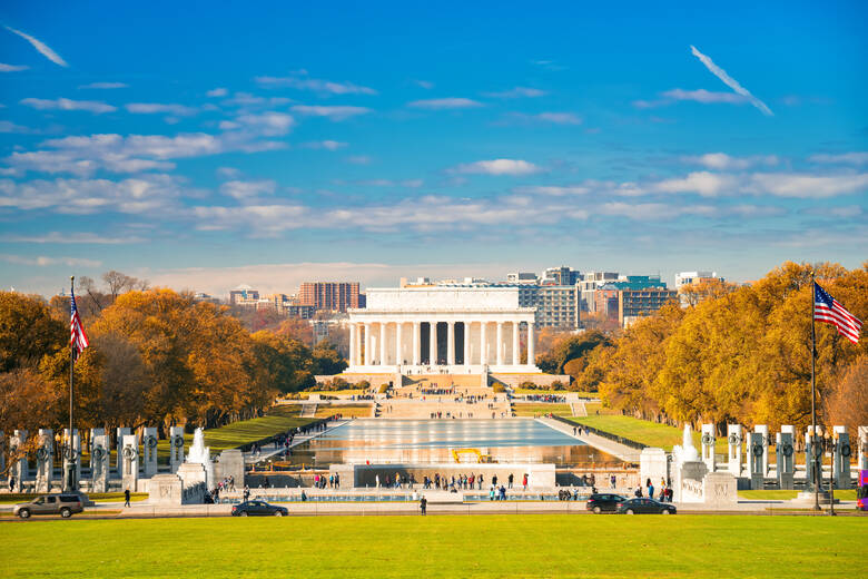 Lincoln Memorial und Pool in Washington