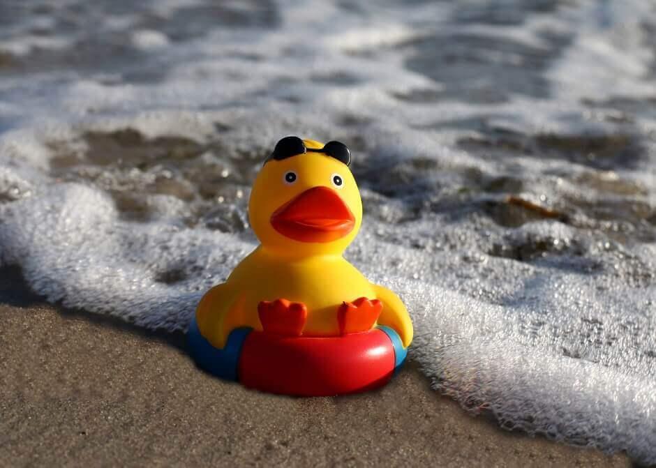 Quietsche-Enten retten beim Fiesta Mare de Déu
