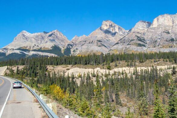Icefields Parkway in den kanadischen Rocky Mountains