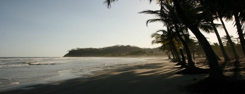 Strand bei Sámara in Costa Rica