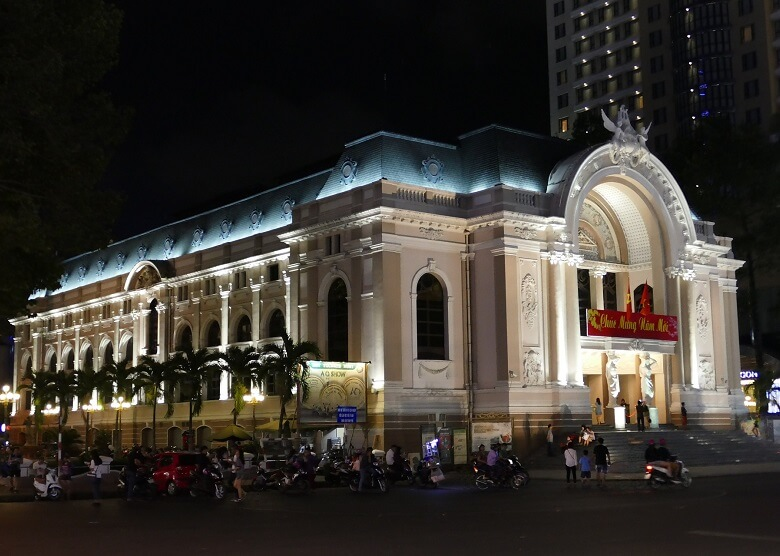 Oper in Saigon