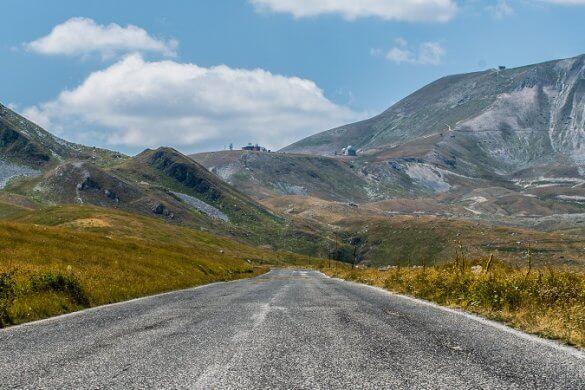Straße in den Abruzzen