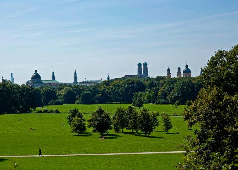 Der Englische Garten in München, eine der schönsten Städte Deutschlands