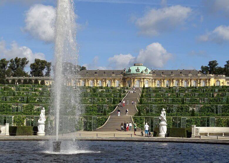 Schloss Sansouci bei Potsdam