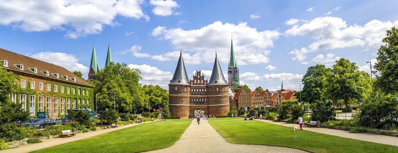 Altstadt von Lübeck mit Holstentor