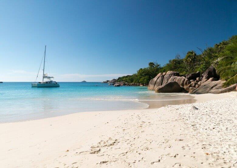 Der Anse Lazio Beach auf der Seychellen-Inseln Praslin