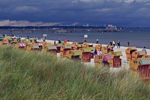 Strandkörbe in der Lübecker Bucht