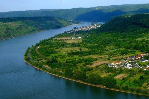 Traumhafte Wanderroute: der Blick vom Rheinsteig auf das Mittelrheintal