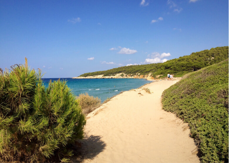 Cala Binigaus auf Menorca