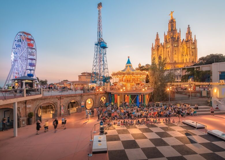Vergnügungspark auf Barcelonas Hausberg Tibidabo