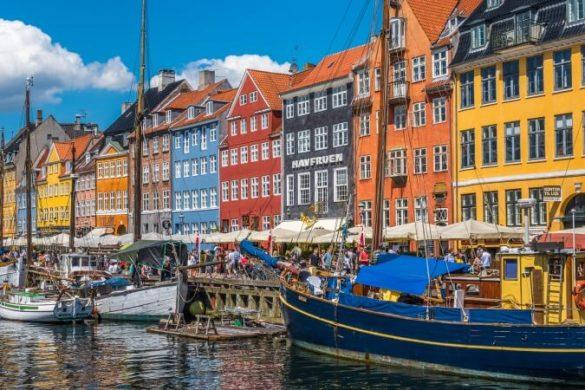 Der Nyhavn gehört zu den klassischen Kopenhagen-Tipps