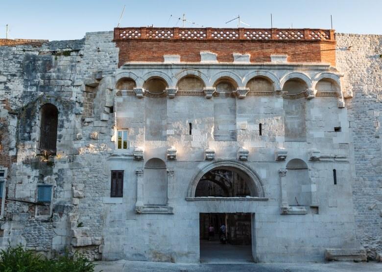 Das Goldene Tor des Diokletianpalast