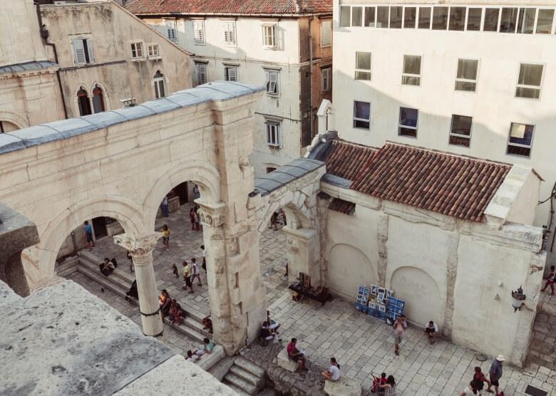 Der Diokletianpalast umfasst die lebendige Altstadt von Split