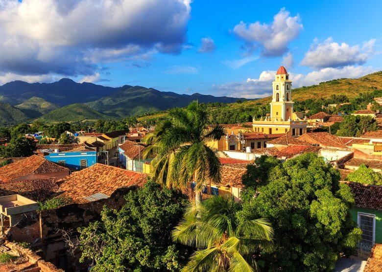 Blick über die kubanische Stadt Trinidad