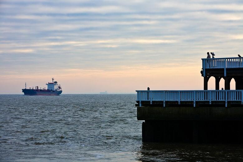 Die Aussichtsplattform Alte Liebe ist eine der romatischsten Sehenswürdigkeiten in Cuxhaven