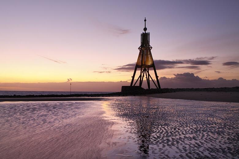 Die Kugelbake ist das Wahrzeichen Cuxhavens