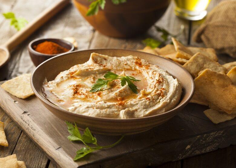 Die Isrealische Küche arbeitet viel mit Hummus