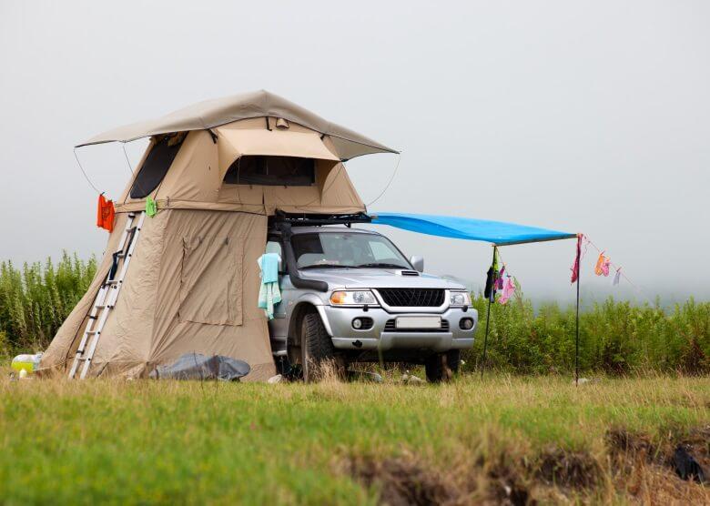 camping auto so wird ihr pkw zum mini wohnmobil reisewelt. Black Bedroom Furniture Sets. Home Design Ideas