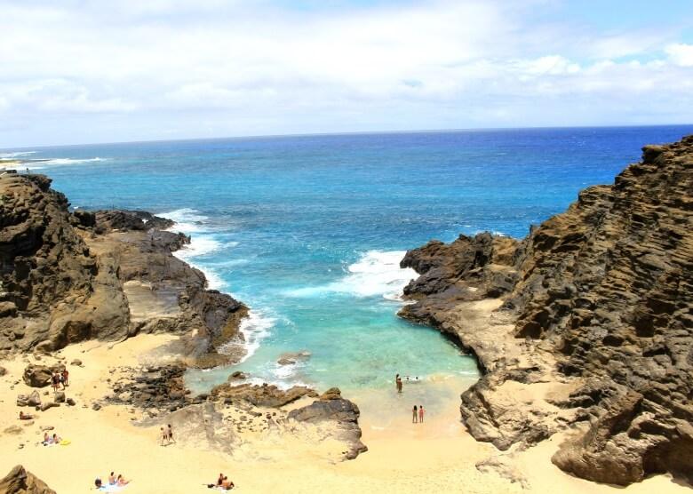 Blick auf Halona Beach auf Hawaii