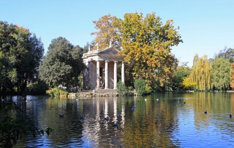 Der Park der Villa Borghese in Rom