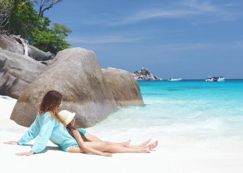 Unbeschwerter Urlaub in Thailand am Strand