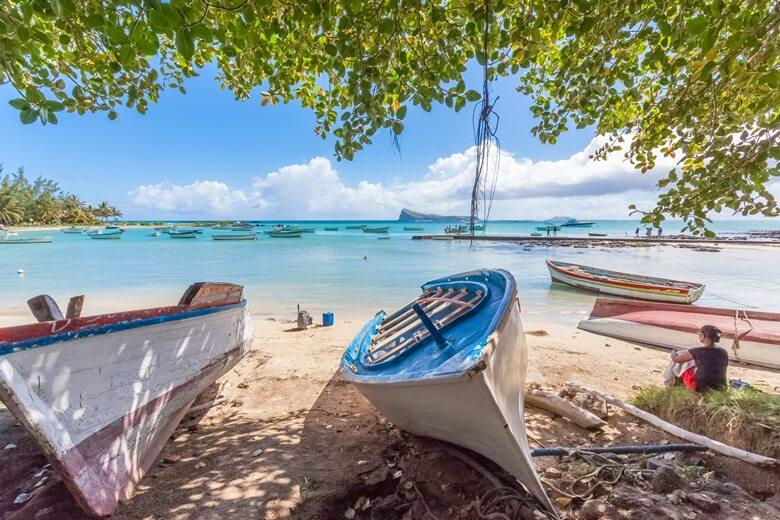 Fischerboote am Cap Malheureux auf Mauritius