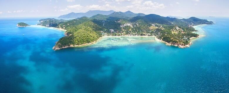 Blick auf die thailändische Insel Koh Phangan