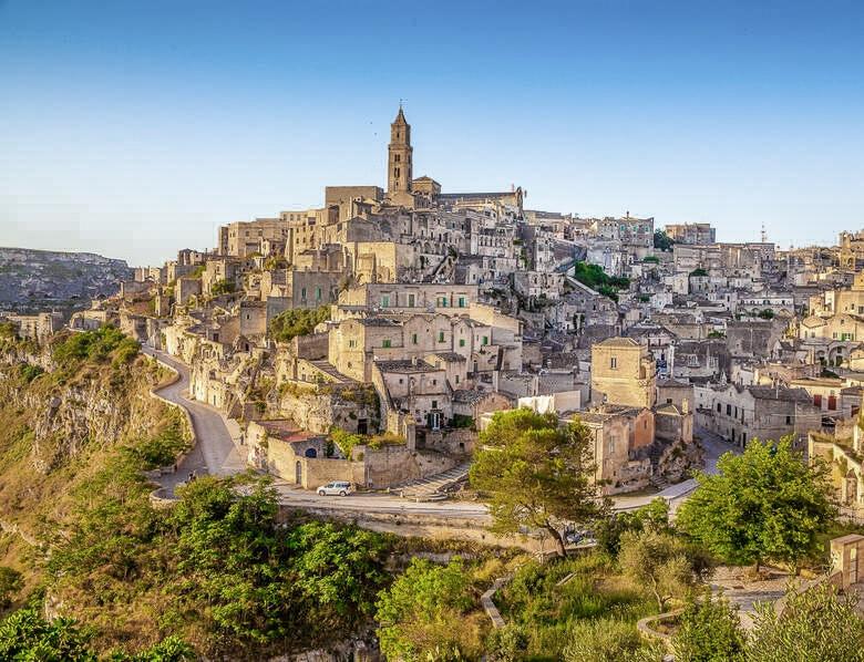Die Höhlenhäuser in der Altstadt von Matera (Sassi di Matera)