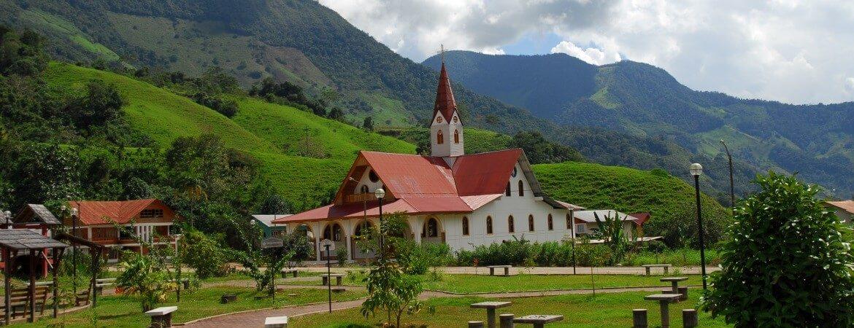 Die Kirche von Pozuzo