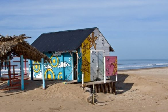 Surferhütte am Strand von Villa Gesell in Argentinien