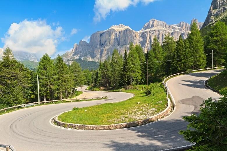 Die Große Dolomitenstraße im Norden Italiens