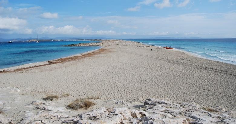 Strand S'Alga auf der Isla de Espalmador bei Formentera