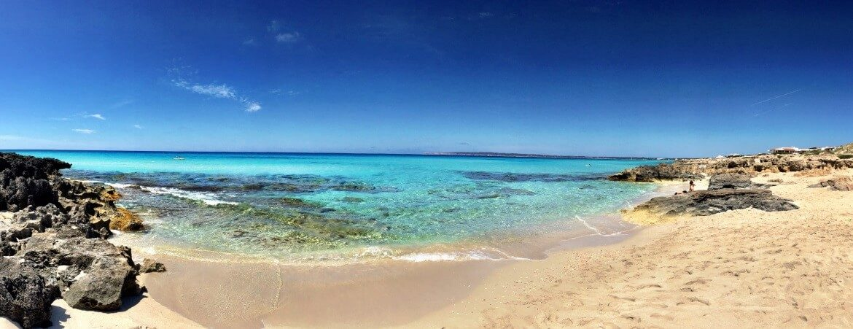 Bucht am Strand von Formentera