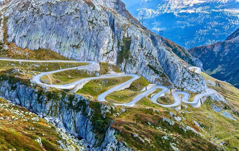 Der actionreiche Gotthardpass in den Schweizer Alpen