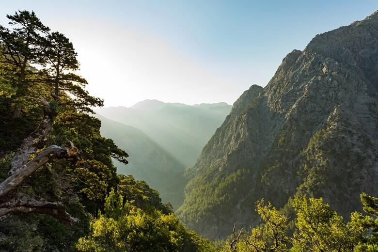 Blick in die beeindruckende Samaria-Schlucht auf Kreta