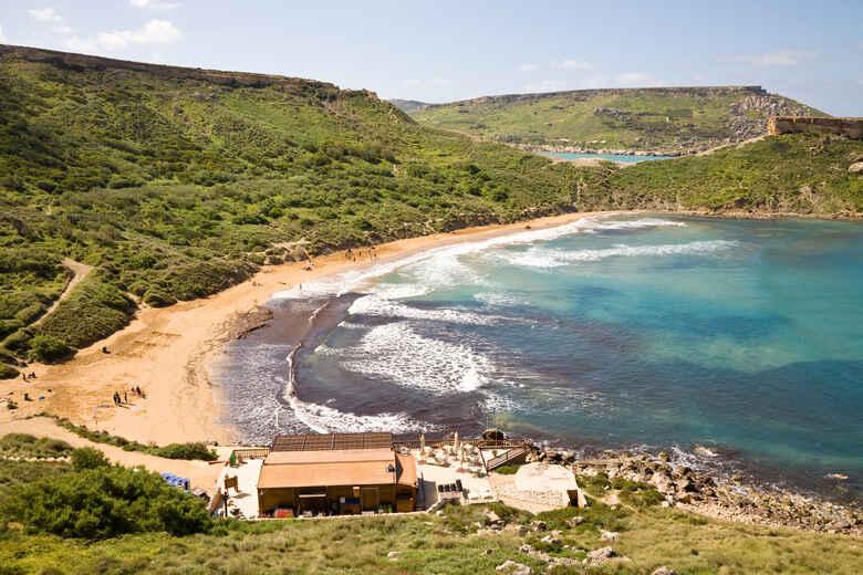 Ghajn Tuffieha Bucht auf Malta