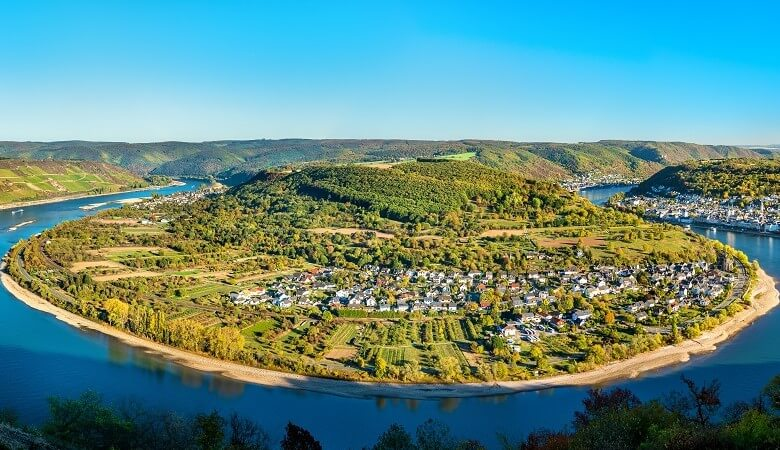 Blick auf die Rheinschleife vom Gedeonseck