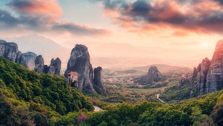 Schwebende Klöster von Meteora in Griechenland