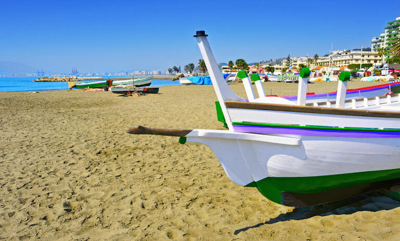Der Strand Pedregalejo in Malaga