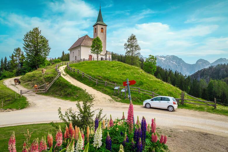 Die Kirche zum Heiligen Geist im Savinja-Tal in Slowenien