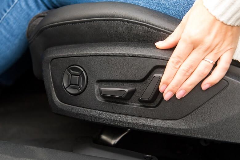 Autositz einstellen